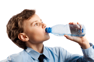 I drink water
